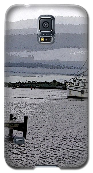 Galaxy S5 Case featuring the photograph Swansboro Harbor by Skyler Tipton