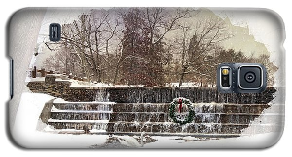 Galaxy S5 Case featuring the photograph Swansea Dam At Christmas by Robin-lee Vieira