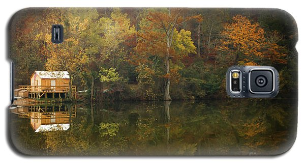 Galaxy S5 Case featuring the photograph Sweet Home by Iris Greenwell