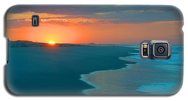 Galaxy S5 Case featuring the photograph Sweet Sunrise by  Newwwman