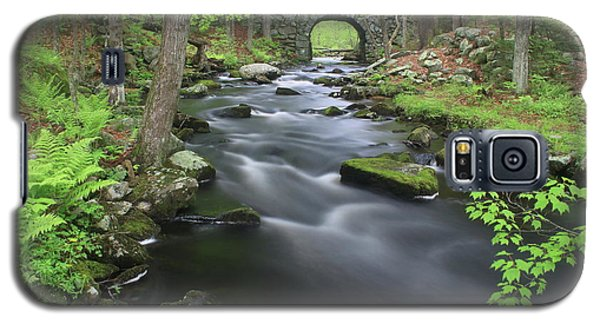 Swift River And Keystone Bridge Quabbin Reservoir Galaxy S5 Case by John Burk