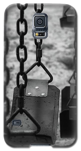 Galaxy S5 Case featuring the photograph Swings by Richard Rizzo