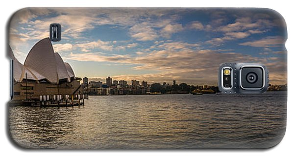 Galaxy S5 Case featuring the photograph Sydney Harbor by Andrew Matwijec