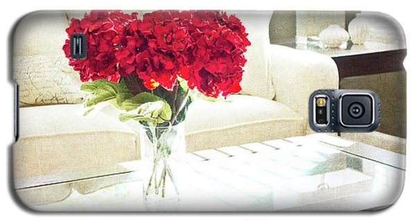 Table With Red Flowers Galaxy S5 Case
