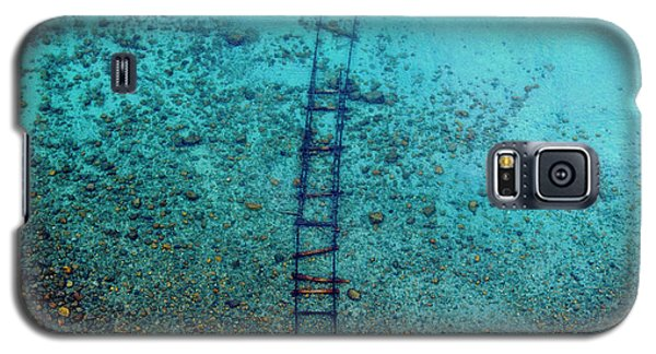 Galaxy S5 Case featuring the photograph Tahoe Tracks by Brad Scott