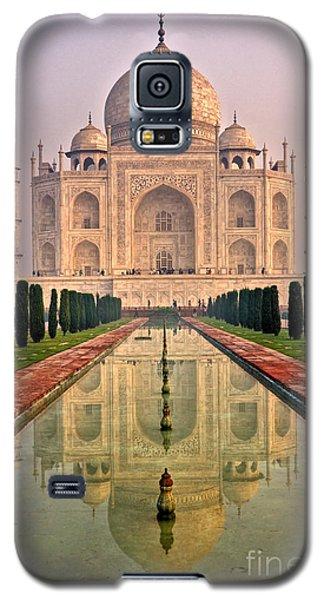 Taj Mahal At Sunrise Galaxy S5 Case by Luciano Mortula
