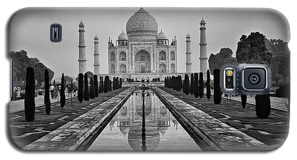 Taj Mahal In Black And White Galaxy S5 Case by Jacqi Elmslie