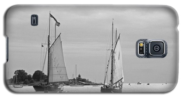 Tall Ships Sailing I In Black And White Galaxy S5 Case