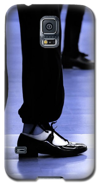 Tap Dance In Blue Are Shoes Tapping In A Dance Academy Galaxy S5 Case by Pedro Cardona