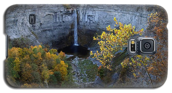Galaxy S5 Case featuring the photograph Taughannock Falls by Vilas Malankar