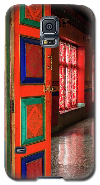 Galaxy S5 Case featuring the photograph Temple Door by Alexey Stiop