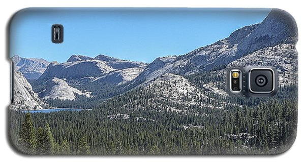 Tenaya Lake And Surrounding Mountains Yosemite National Park Galaxy S5 Case