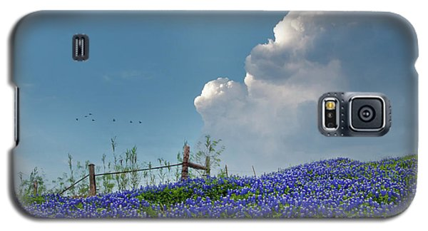 Galaxy S5 Case featuring the photograph Texas Bluebonnets And Spring Showers by David and Carol Kelly