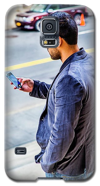 Man Texting Galaxy S5 Case