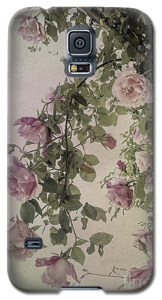 Textured Roses Galaxy S5 Case