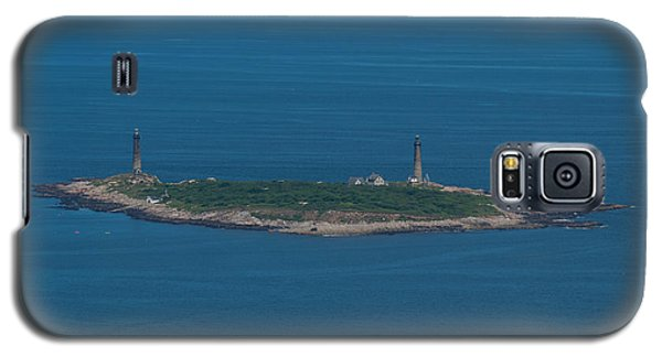 Galaxy S5 Case featuring the photograph Thacher Island Lights by Joshua House