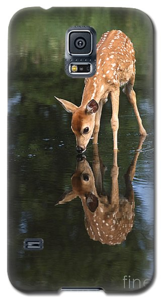 That Must Be Me Galaxy S5 Case by Sandra Bronstein