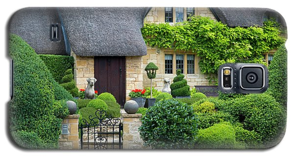 Galaxy S5 Case featuring the photograph Thatch Roof Cottage Home by Brian Jannsen