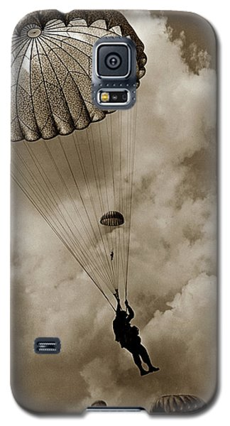 The 82nd Airborne  Hits The Silk Fort Ord 1953 Galaxy S5 Case