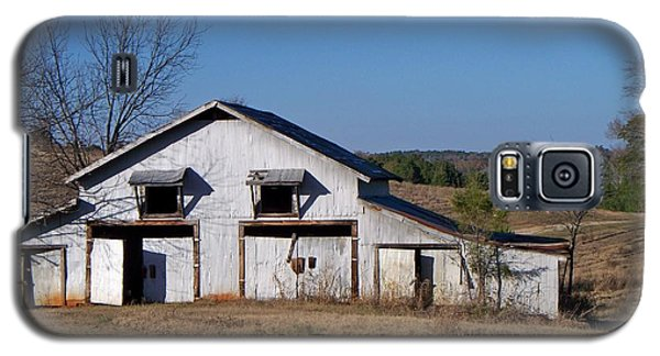 Galaxy S5 Case featuring the photograph The Barn by Betty Northcutt