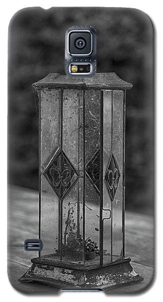 The Barn Lantern Galaxy S5 Case