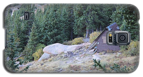 Galaxy S5 Case featuring the photograph The Barr Trail A Frame by Christin Brodie