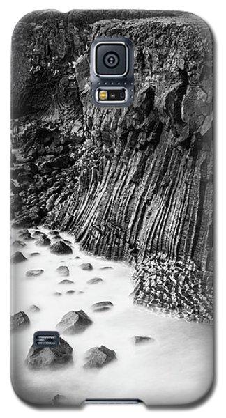 The Basalt Cliff Of Arnarstapi Galaxy S5 Case