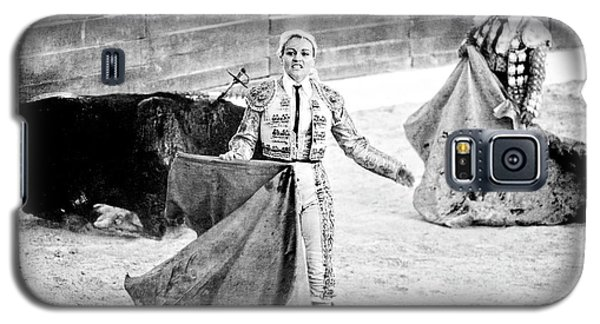 The Blond, The Bull And The Coup De Gras Bullfight Galaxy S5 Case
