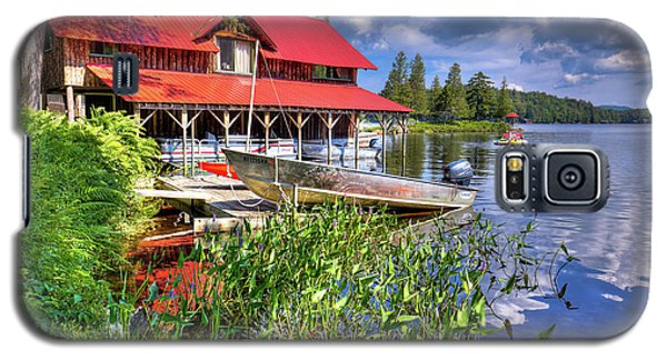 Galaxy S5 Case featuring the photograph The Boathouse At Covewood by David Patterson