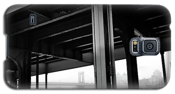 The Brooklyng Bridge And Manhattan Bridge From Fdr Drive Galaxy S5 Case