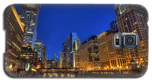 The Busy River In Chicago Galaxy S5 Case by Shawn Everhart