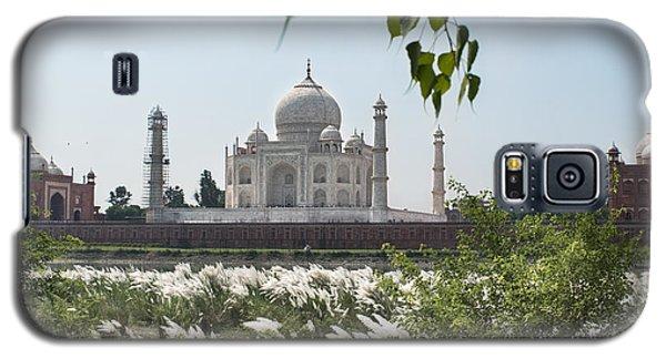 The Calm Behind The Taj Mahal Galaxy S5 Case