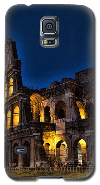 The Coleseum In Rome At Night Galaxy S5 Case by David Smith