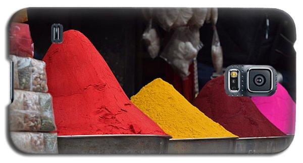 The Colours Of Holi Galaxy S5 Case by Mini Arora