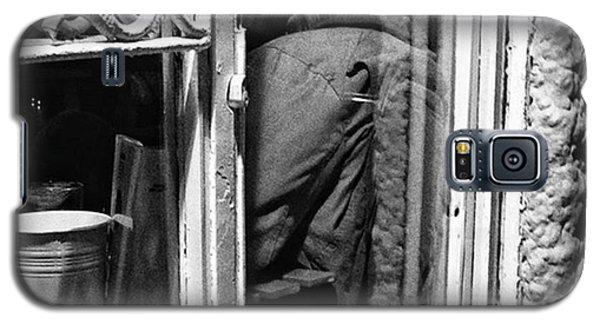 The Corner Man  #portrait #people Galaxy S5 Case by Rafa Rivas
