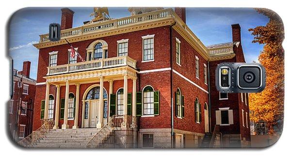 Galaxy S5 Case featuring the photograph The Custom House Salem Massachusetts  by Carol Japp