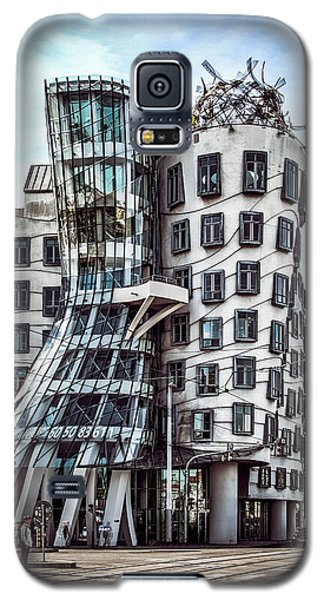 The Dancing House Galaxy S5 Case