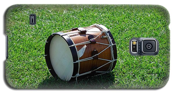 Galaxy S5 Case featuring the photograph The Drum by Eric Liller