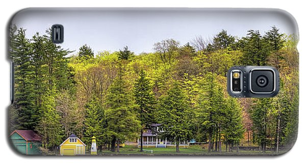The Early Greens Of Spring Galaxy S5 Case by David Patterson