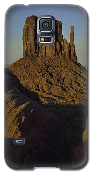 Galaxy S5 Case featuring the photograph The Earth Says Hello by Rob Wilson