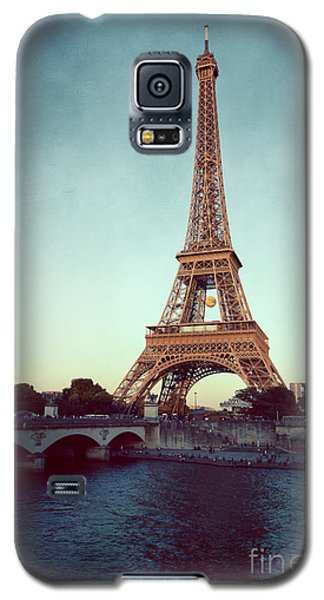 Galaxy S5 Case featuring the photograph The Eifeltower by Hannes Cmarits