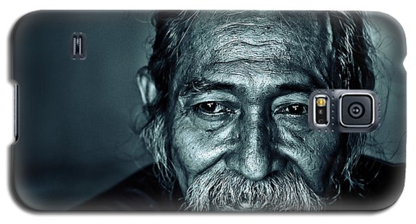 The Face Galaxy S5 Case by Charuhas Images