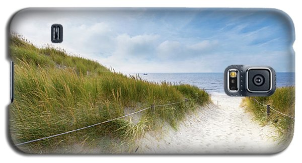 Galaxy S5 Case featuring the photograph The First Look At The Sea by Hannes Cmarits