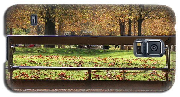 Galaxy S5 Case featuring the photograph The French Bench And The Autumn by Yoel Koskas