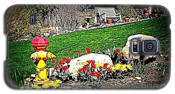Galaxy S5 Case featuring the photograph The Gardener by Richard W Linford