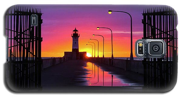 Galaxy S5 Case featuring the photograph The Gates Of Dawn by Mary Amerman