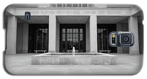 The George W. Bush Presidential Library And Museum  Galaxy S5 Case by Robert Bellomy