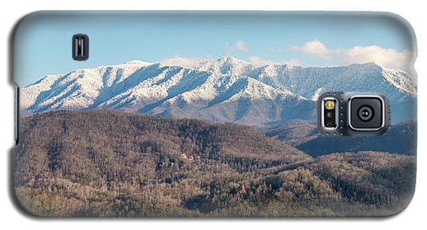 Galaxy S5 Case featuring the photograph The Great Smoky Mountains II by Everet Regal