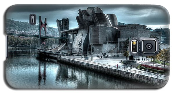 The Guggenheim Museum Bilbao Surreal Galaxy S5 Case