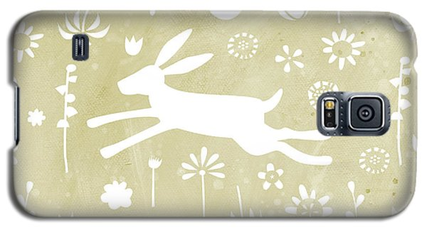 The Hare In The Meadow Galaxy S5 Case by Nic Squirrell